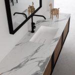 Piano con vasca integrata piccola Patty in solid-surface bianco, senza troppopieno. L 301 (max) x P 51 x SP 1 cm